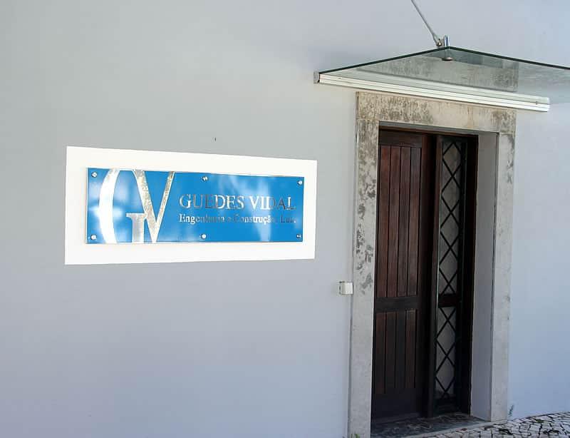 Entrada para o escritório da Guedes Vidal