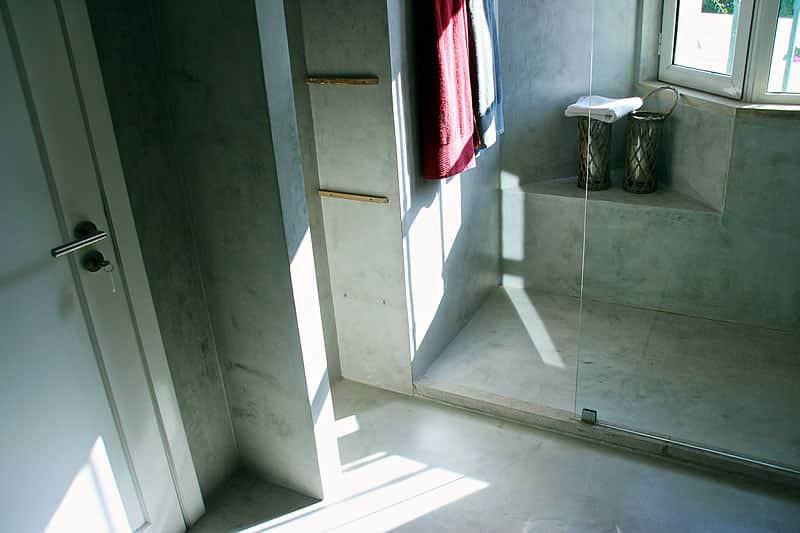 Casas de banho em microcimento, moradia em Vilamoura #10