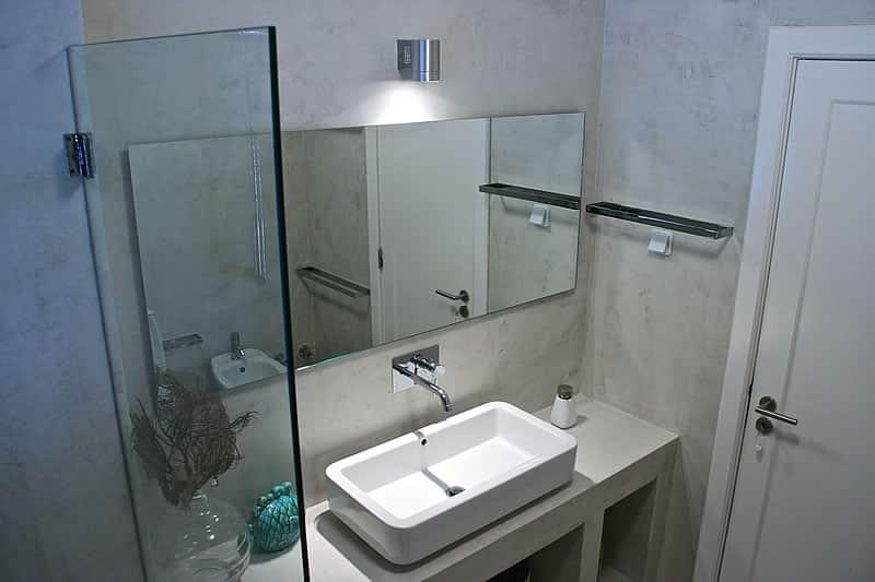 Casas de banho em microcimento, moradia em Vilamoura